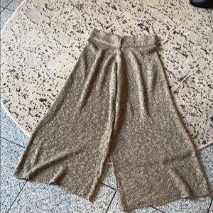 Zara knitwear gaucho pants w/ elastic waistband, S